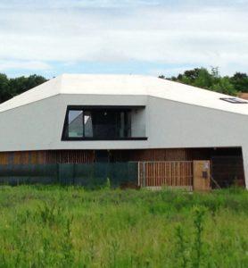 Termoizolații, Hidroizolații acoperis înclinat casă Băneasa, 400 m² cu jgheab perimetral